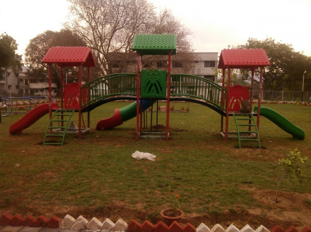 A playcentre installation in Park