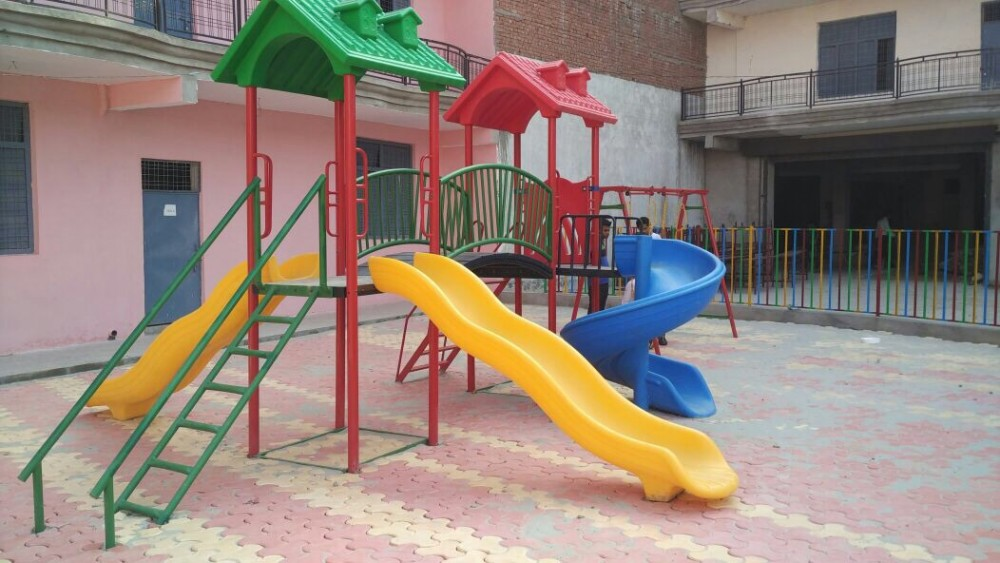 Outdoor school playcentre with slides