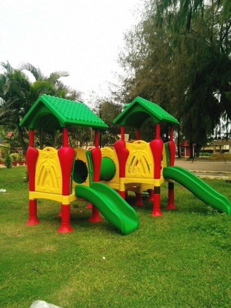 Park Playcentre Installation